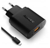 Сетевой адаптер Aukey PA-T9 с функцией быстрой зарядки Qualcomm QC 3.0